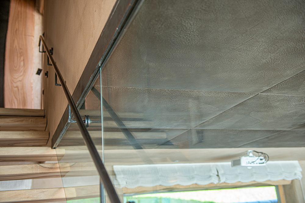 Absturzsicherung mit Glas und Handlauf